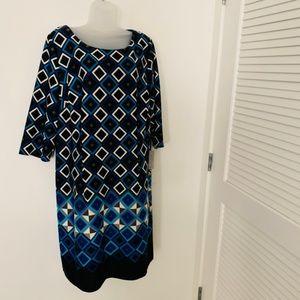 Eliza J Plus 20W Long Sleeve Shift Dress Printed